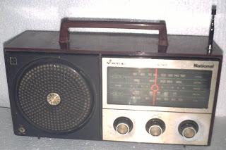 Radio tripleks merk National