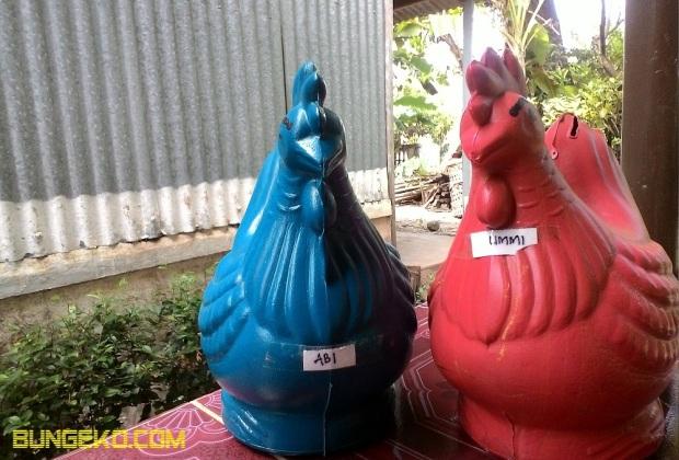 Celengan ayam