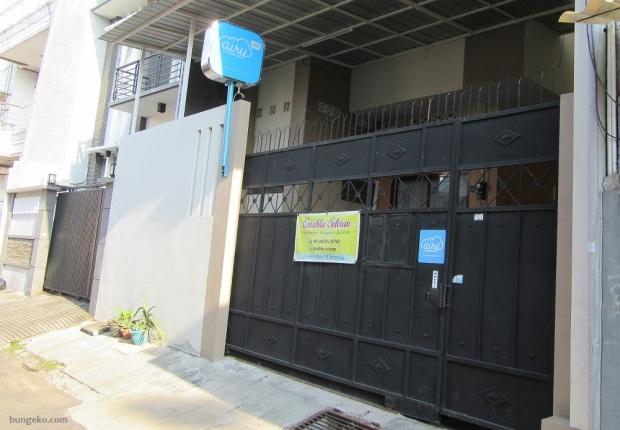 gerbang pagar Airy Eco Miroto Seteran Serut