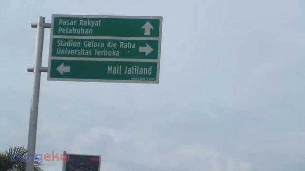 Plang penunjuk jalan di Kota Ternate