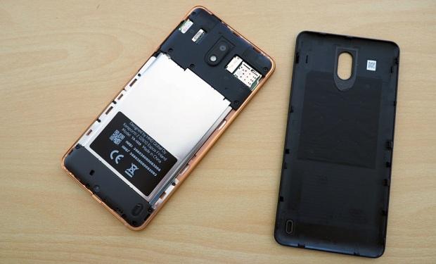 Nokia 2 hitam