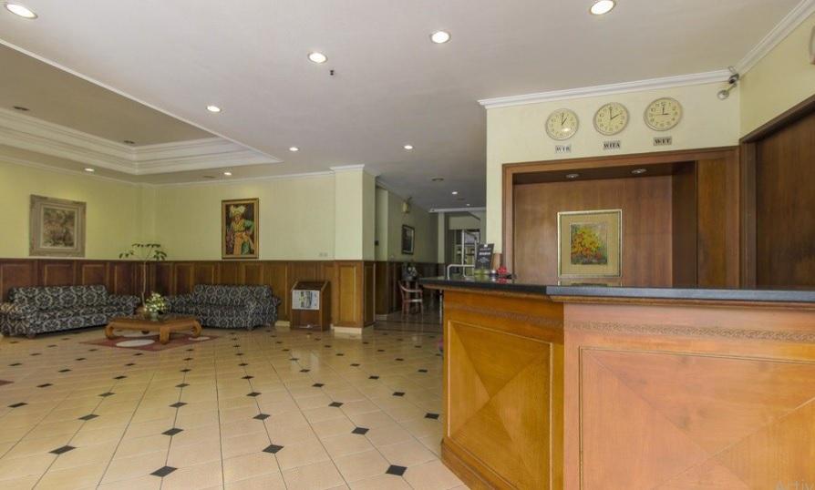 hotel-pitagiri-lobby-area-also