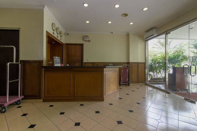 hotel-pitagiri-lobby-area